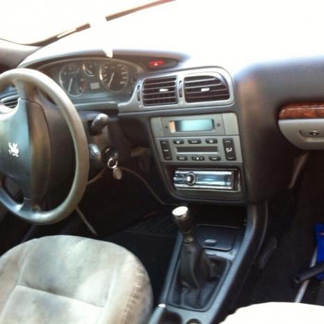 Dezmembrez Peugeot 406/2003