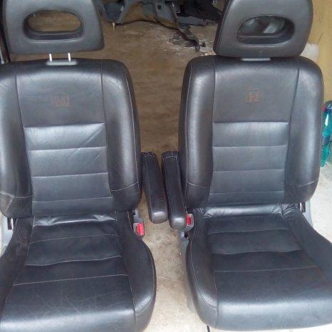 scaune piele neagra honda ce-v 2000