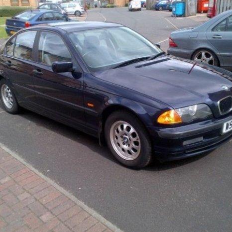 Dezmembrez BMW SERIA 3 E46 1.8