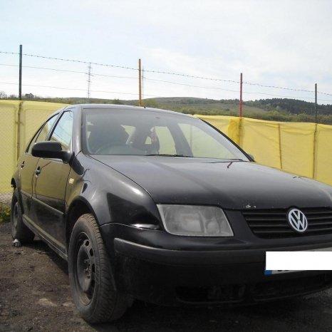 Dezmembrez Volkswagen Bora alternator