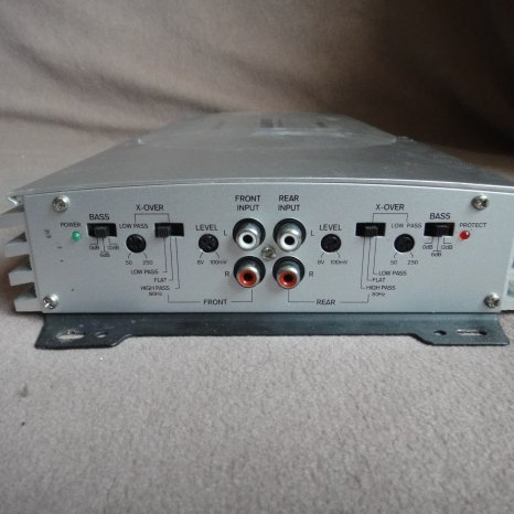 Amplificator statie auto blaupunkt GTA 4 Special Mk2 800w