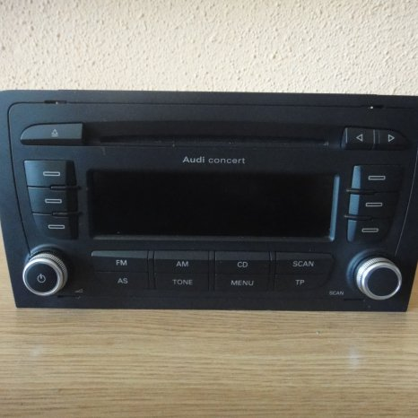 Radio Cd Mp3 Player AUDI Concert A3 8P TT 8j 2DIN Aux
