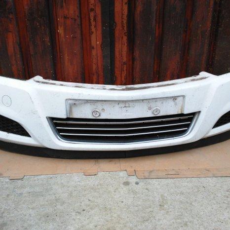 Bara fata Opel Astra H Facelift