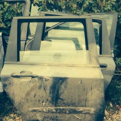 Vând uşă Fiat Stilo