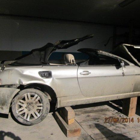 vand  masina BMW  635 2005  avariata