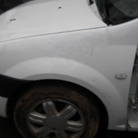 Aripa Fata Dacia Logan 1.5 dci euro3 euro4