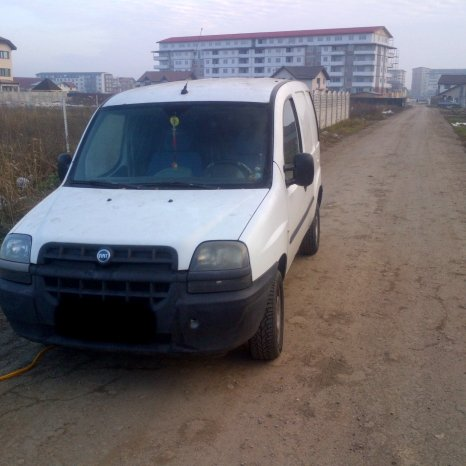 Dezmembrez Fiat Doblo Cargo 1.3 diesel Multijet