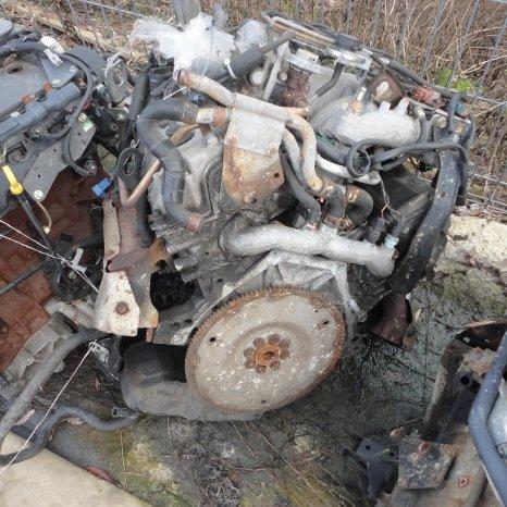 vindem motor de Isuzu Trooper. an de fabriactie 1995.