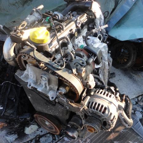 Vindem motor de Renault Clio 1.5 DCI, Euro. cod motor K9K.