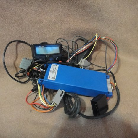 Car kit Bluetooth Parrot Ck3100L
