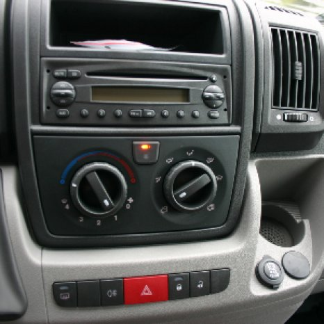 Radio Cd Player OEM Fiat Ducato Doblo2