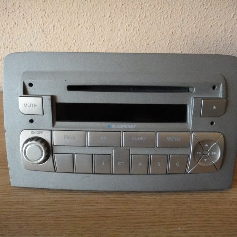 Radio CD Player OEM Lancia Musa