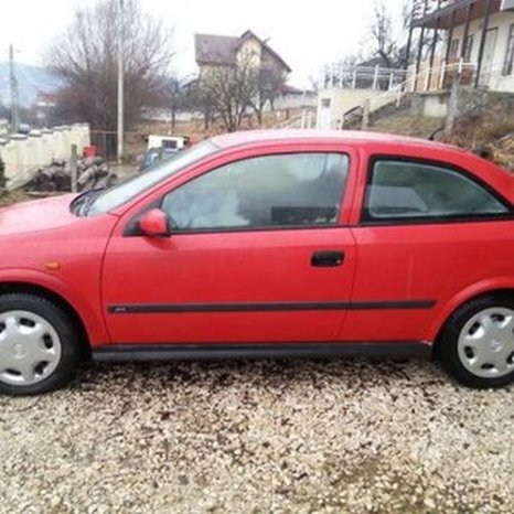 Opel Astra G coupe, 1999, rosu, benzina