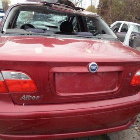 Dezmembrez Fiat Albea