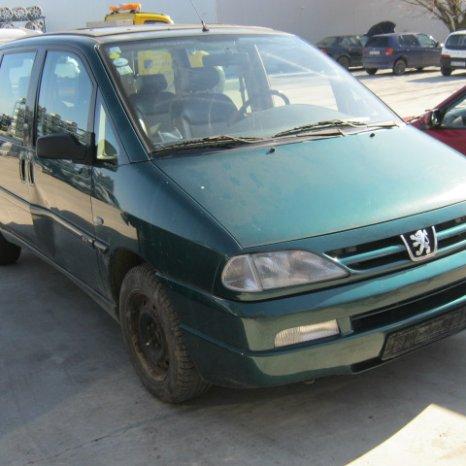 Dezmembrez Peugeot 806, an 1999