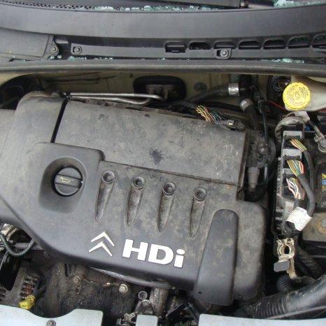 Dezmembrez Citroen C3 1.4 hdi 2003 tip motor 8HX