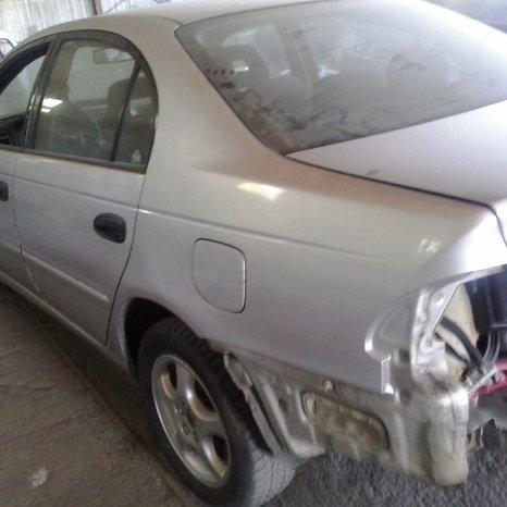 Dezmembrari Toyota Avensis 1,6 benzina, 2002!!