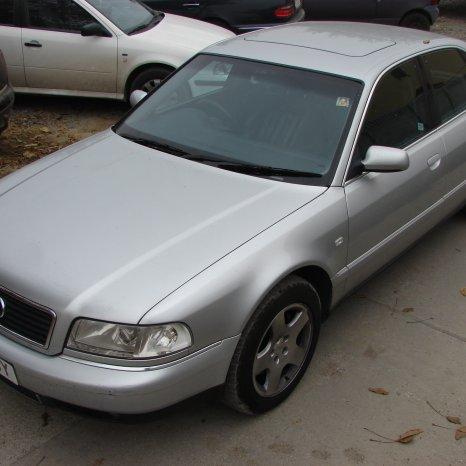 Dezmembrez Audi A8 din 1999