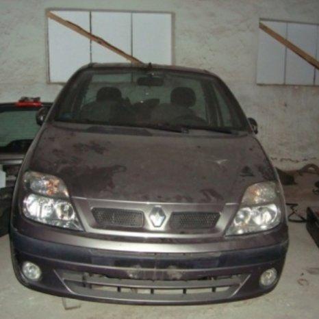 Dezmembram Renault Scenic
