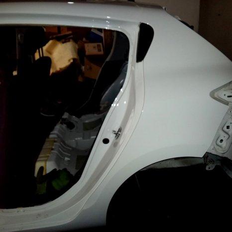 Vand aripa stanga spate Renault Megane 3 III Hatchback 2009
