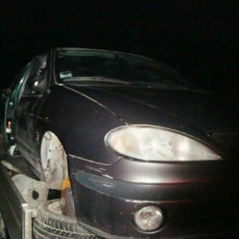 Dezmembram Renault Megane