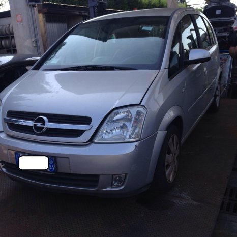 Dezmembrez Opel Meriva 1.6 16V 2004