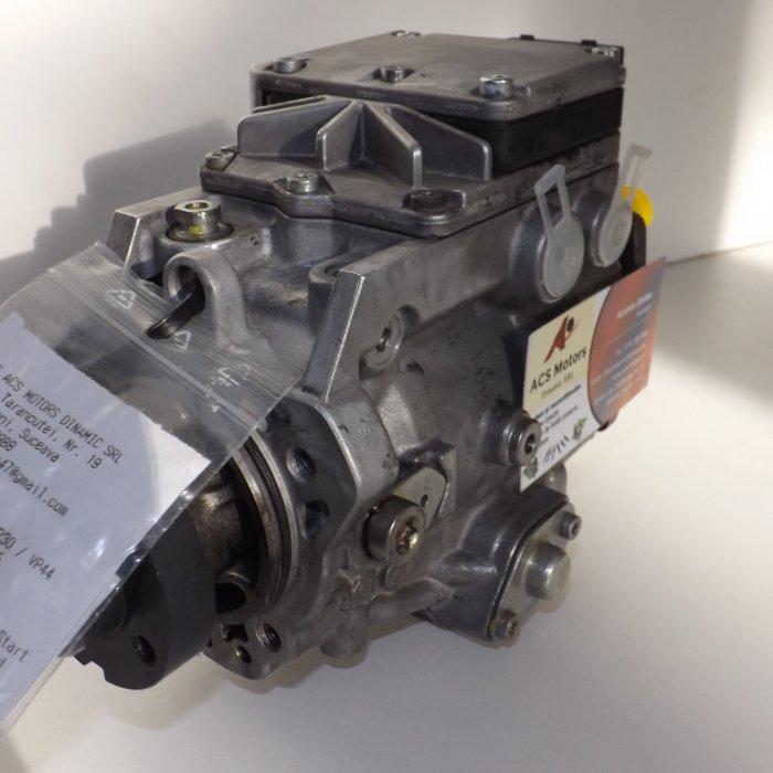 Pompa de injectie BMW E46 318d cod 025