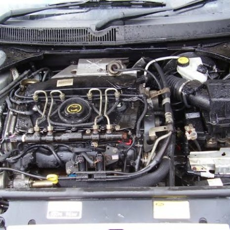 Vand pompa injectie Ford Mondeo