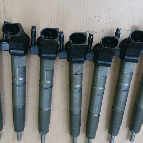 A6420700587 Injectoare CDI ,C,E,G,M,R,S Klasse Sprinter Viano Vit