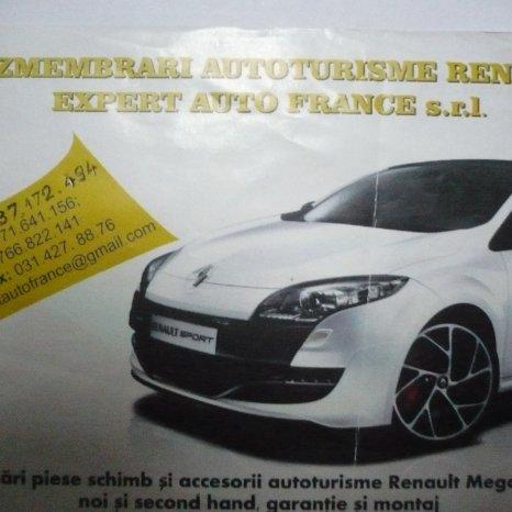 vand capota motor  Renault Megane 3