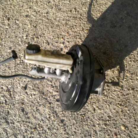 servofrana cu pompa renault megane 2 cod 8200157453