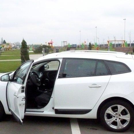 Dezmembrez Renault Megane 3 Grandtour 1.5dci
