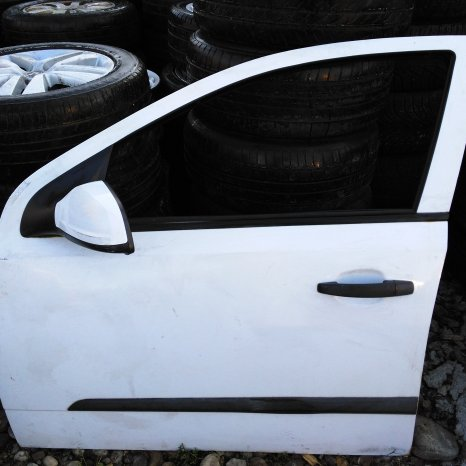 Usa fata Opel Astra H