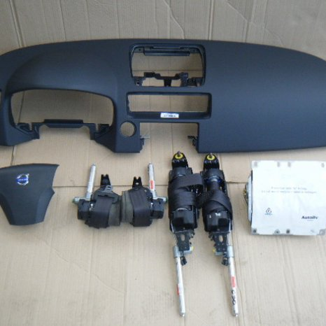 Vindem kit de airbag pentru VOLVO C30, 2009.