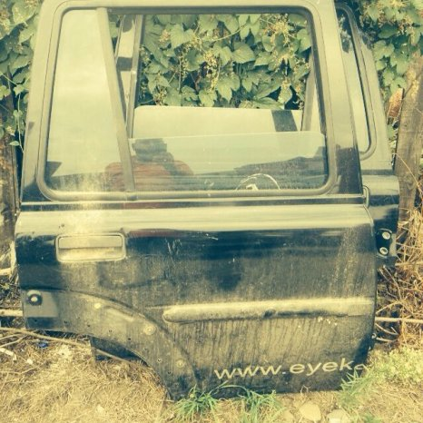 Vând uşă Land Rover Freelander