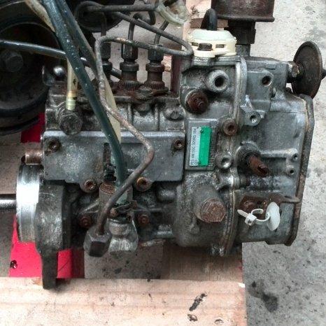 Vand pompa injectie Mercedes Vito/ Sprinter 2.3D