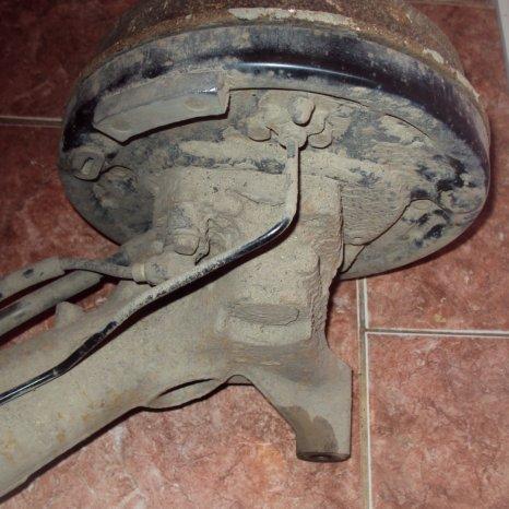 punte spate megane hatchback si coupe an 1998 pe tamburi