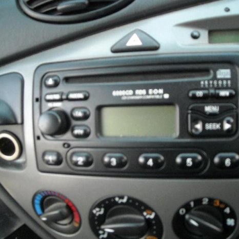 Vand radio-cd ford focus