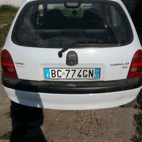 Dezmembrez Opel Corsa B motor 1.0 benzina