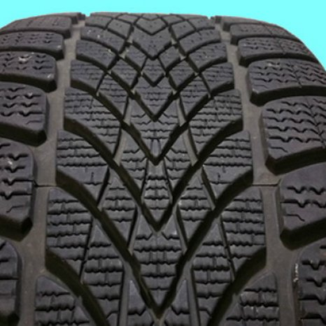 Cauciucuri iarna 235/45/17 Dunlop 4D