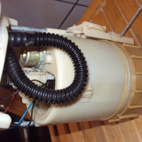 pompa benzina renault scenic an 2002 motor 1600 cm3