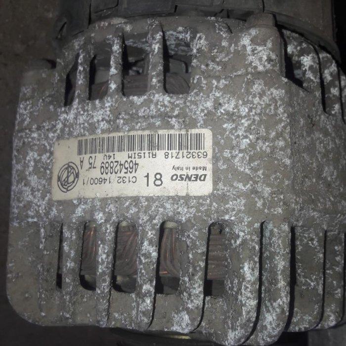 alternator fiat punto motor 1.2 benzina  an 2001 cod denso 46542889 75A in stare buna