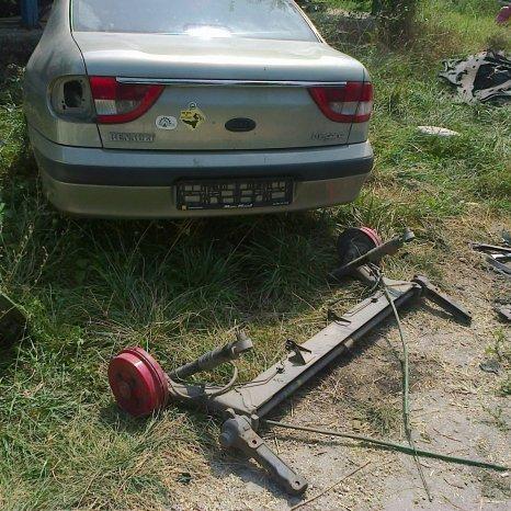 punte spate completa renault megane I sedan-classic cu ABS