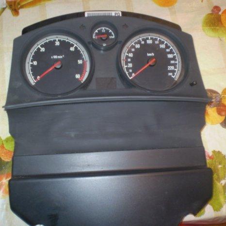 ceasuri de bord de Opel Astra H
