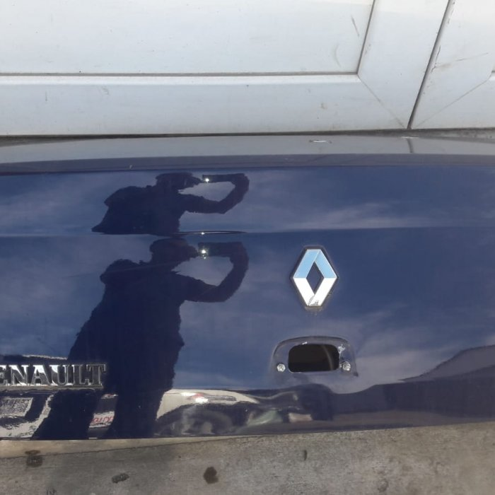 capota porbagaj renault clio symbol in stare buna