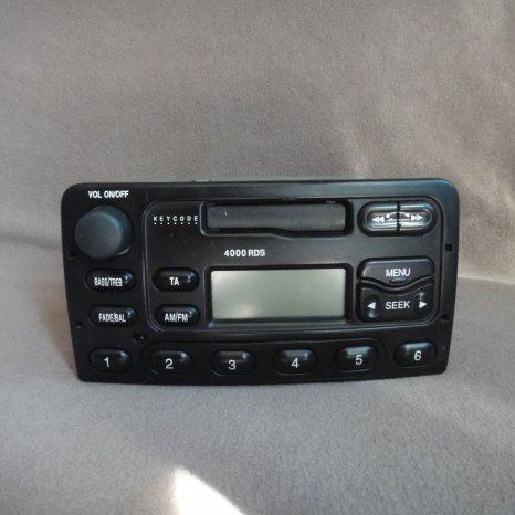 Radio casetofon ford 3000 traffic 4000 rds 5000 rds eon