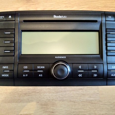 Skoda Auto Audience Radio MP3 6CD 1Z0 035 156 A