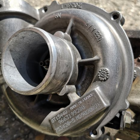 Turbo / Turbina / Turbosuflanta Peugeot 308 1.6 HDI 80kw/Citroen/
