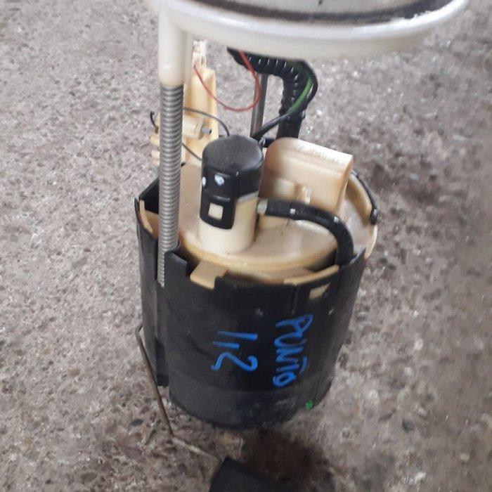 pompa benzina fiat punto motor 1.2 benzina   in stare buna