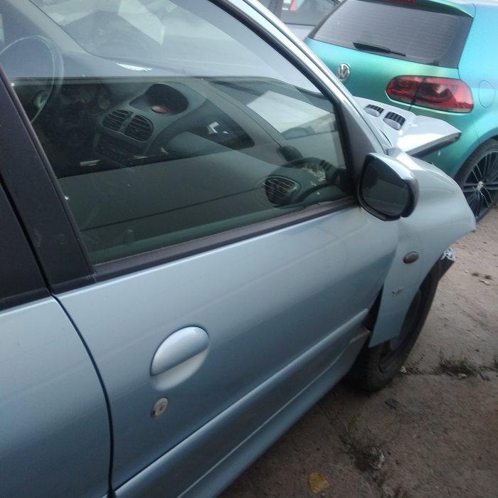 Dezmembrez Peugeot 206 SW 1.6 16 V NFU
